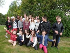 Le groupe de jeunes de l'école de théâtre 2015. Après une répétition.
